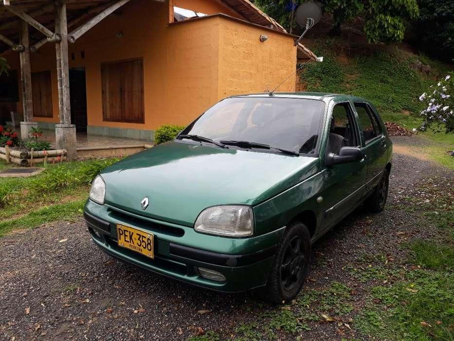 Renault Clio  1998 - 200000 km
