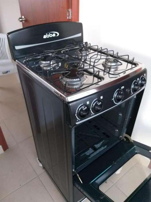 Estufa Abba 4 puestos encendido automtico con horno