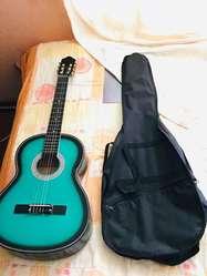 guitarra color verde y negro