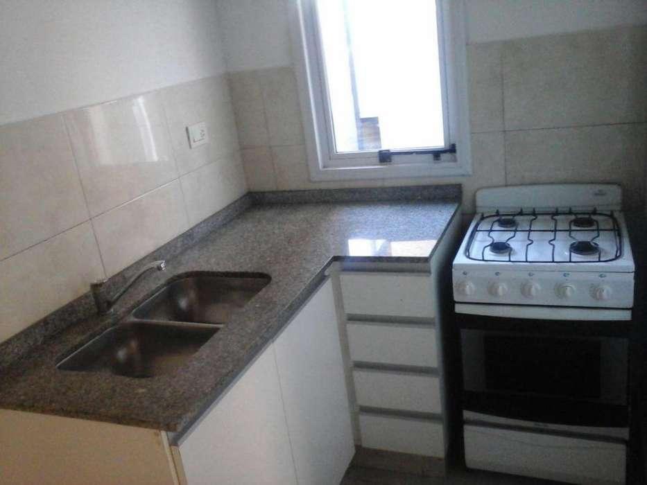 Gral Deheza 940. 1 Dorm. c/patio!! Hermoso!!!