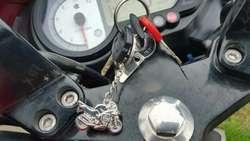 Llavero Moto ,casco , Honda, Yama