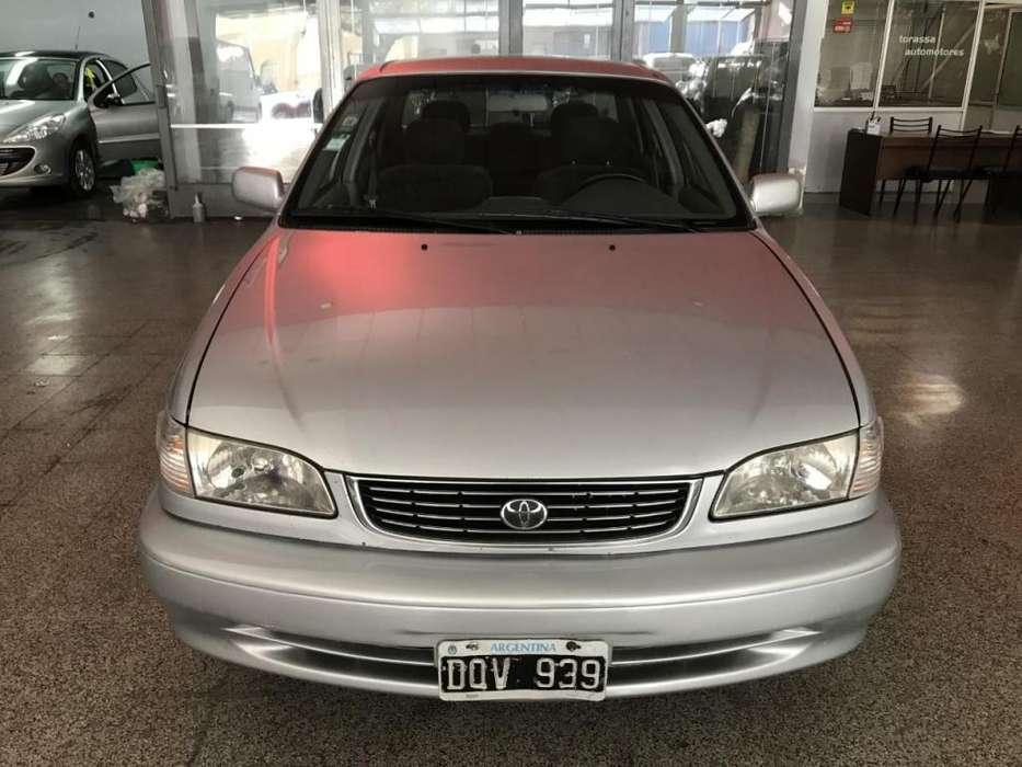 Toyota Corolla 2001 - 183000 km