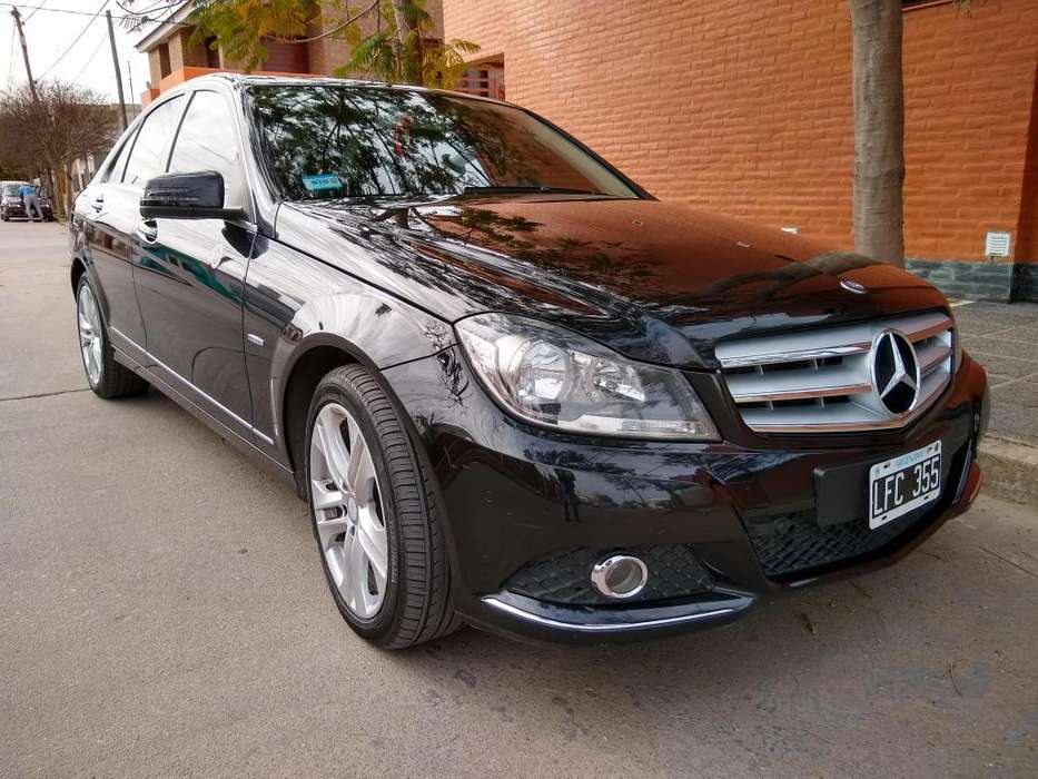 Mercedes-Benz Clase C 2012 - 31000 km