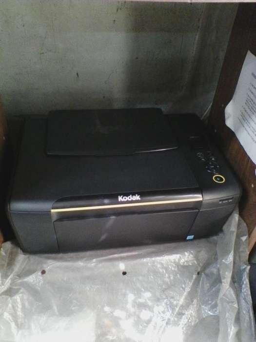 Impresora KODAK.