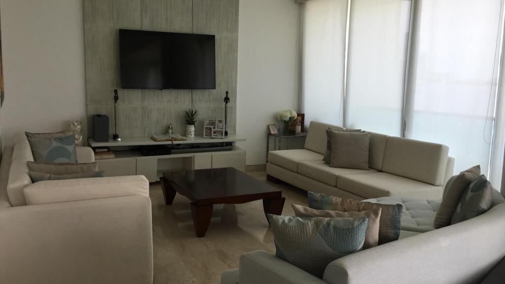 Arriendo apartamento Castillogrande Frente Bahía