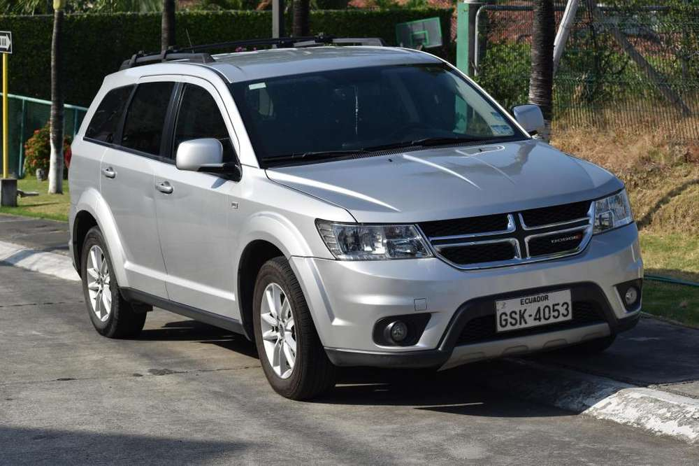 <strong>dodge</strong> Journey 2013 - 48000 km