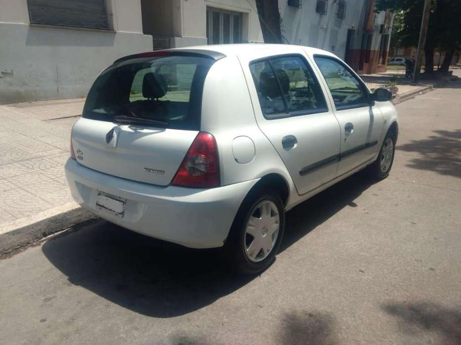 Renault Clio  2009 - 111000 km