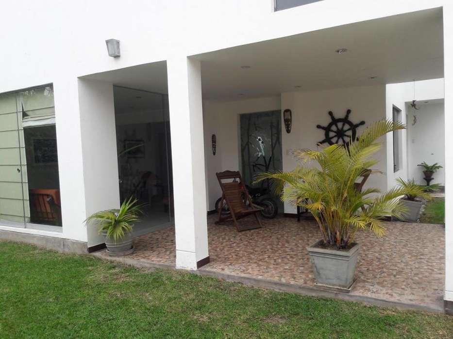 Casa 4 dormitorios, piscina La Encantada de Villa
