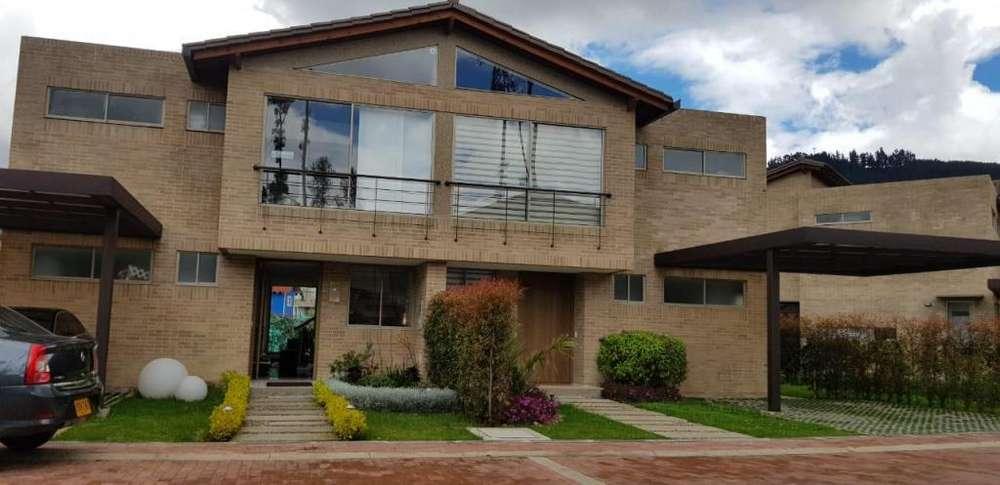 Arriendo confortable y hermosa <strong>casa</strong> de dos niveles 4666798