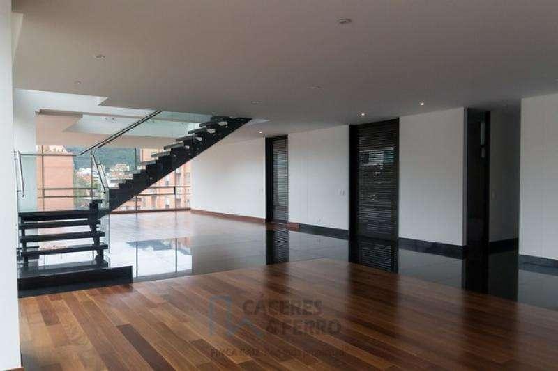 Cod. VBCYF19610 Apartamento En Venta En Bogota Chico Occidental
