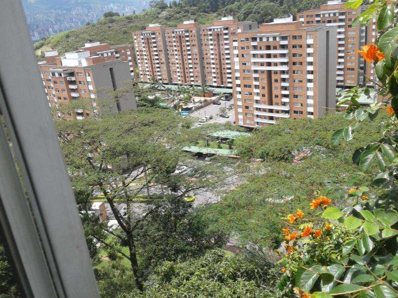 <strong>apartamento</strong> En Venta En Medellin Laureles Cod. VBMER202762