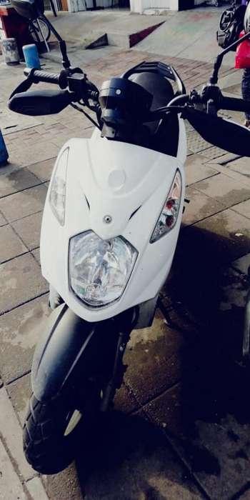 Vendo Moto Akt Dinamic