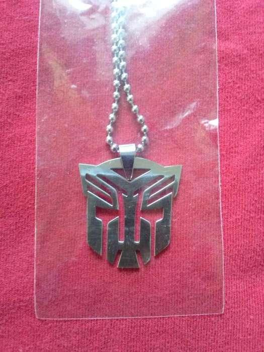 Collares nuevos Transformers - Decepticons y Autobots
