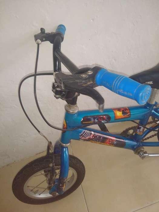 Vendo Bicicleta de Niño en Buen Estado