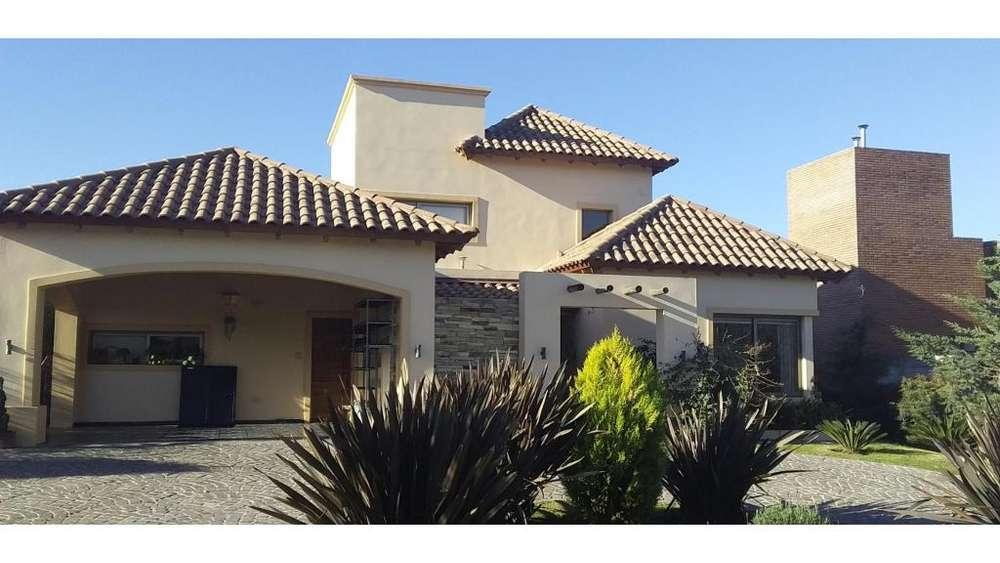 Country Solares S. Alfonso, San Clemente 1600 - UD 380.000 - Casa en Venta
