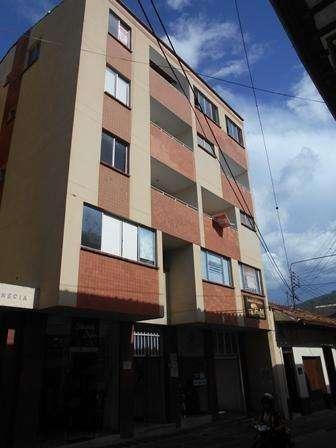APARTAMENTO CENTRO EDIFICIO VENECIA CALLE 11 N 9 - 13 304