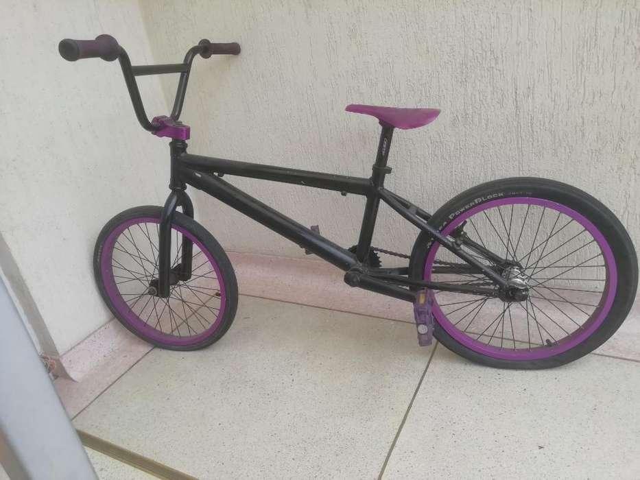 Bicicleta Dk Bmx