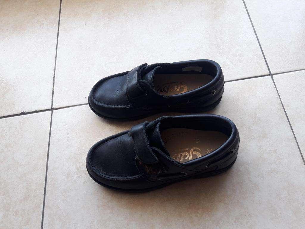 Zapatos de cuero niños