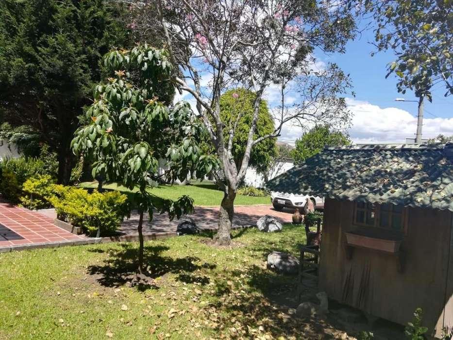 Vendo casa en Valle de los ChillosAg. Isabel Garcia