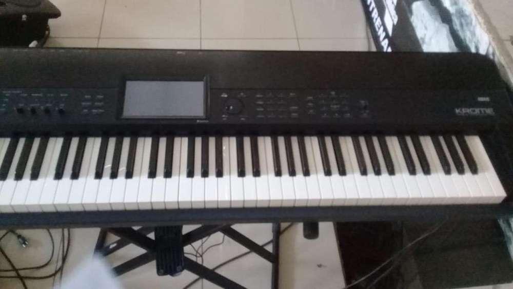 Piano Korg Chrome
