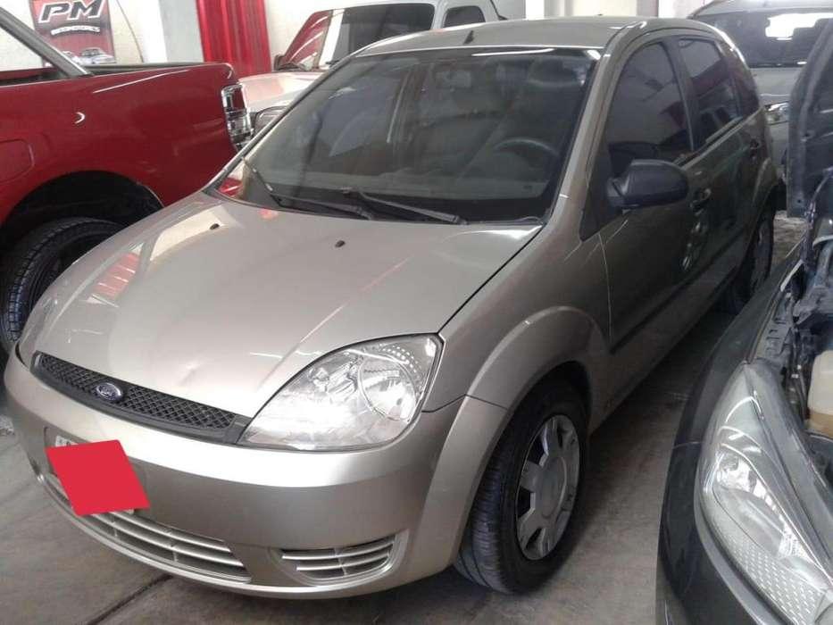 Ford Fiesta  2006 - 165000 km