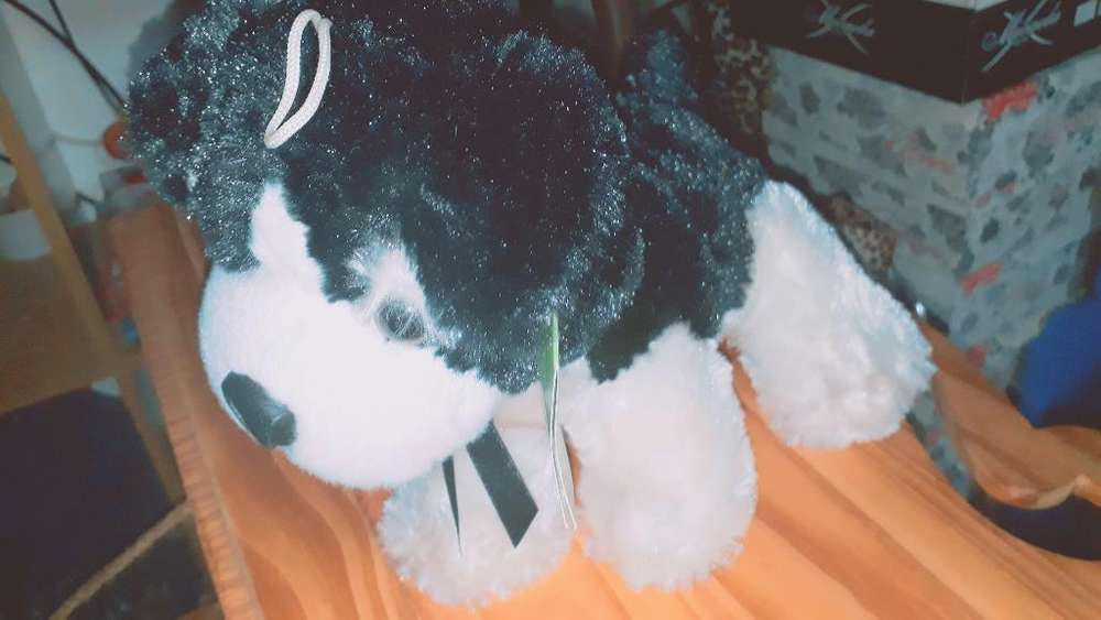 Peluche Perrito con Etiqueta.