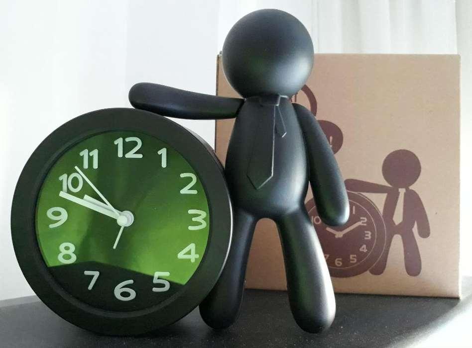 Reloj Alarma en Forma de Hombrecito
