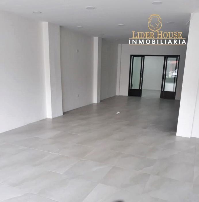 Se Renta Precioso Local Comercial de 145 m2 en la Remigio Crespo