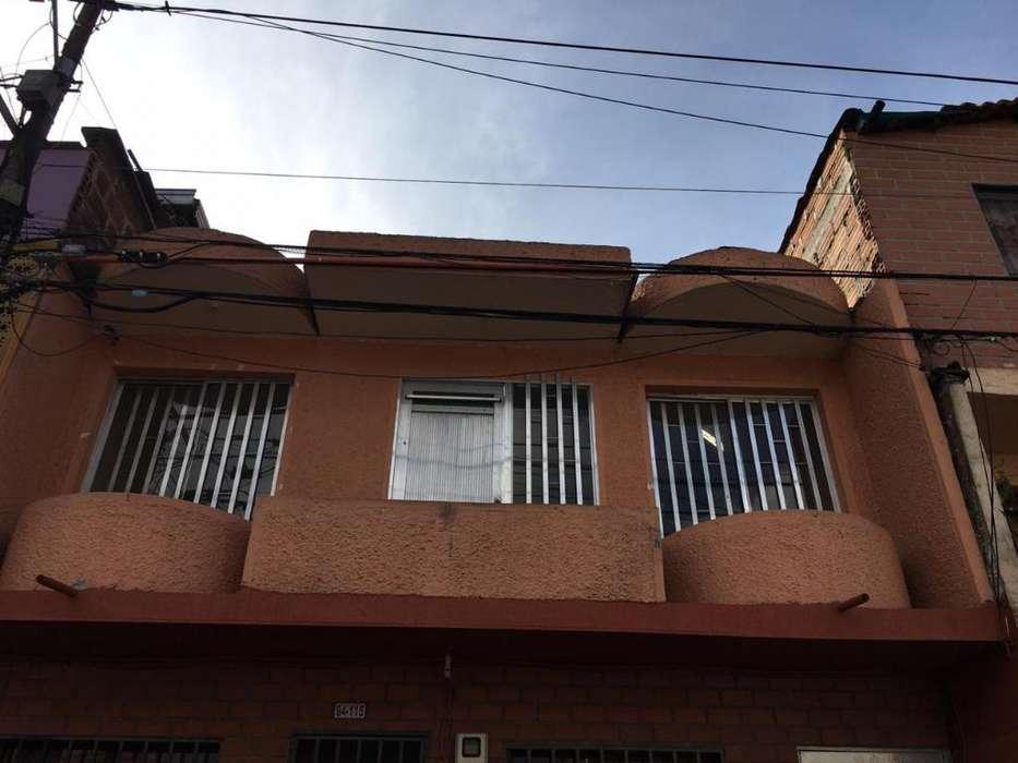 Arriendo Casa en Castilla/ Cod 1028