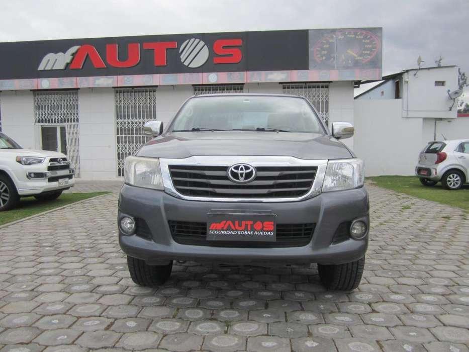 Toyota Hilux 2012 - 264000 km