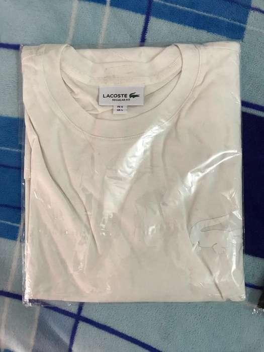 Camiseta marca Lacoste Blanca