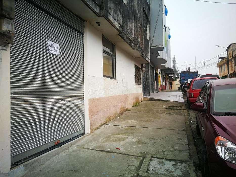 Local Entrada Comercial Colegio Sto Dgo