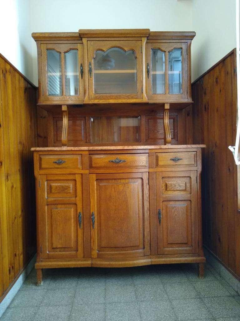 Mueble Antiguo de Roble Y Marmol.