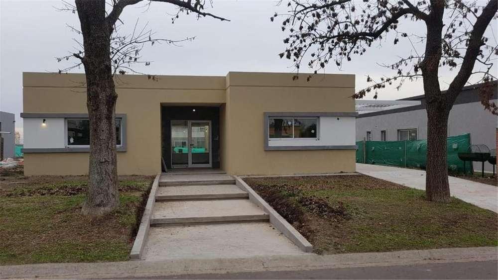Santa Guadalupe Lote / N 2190104 - UD 170.000 - Casa en Venta