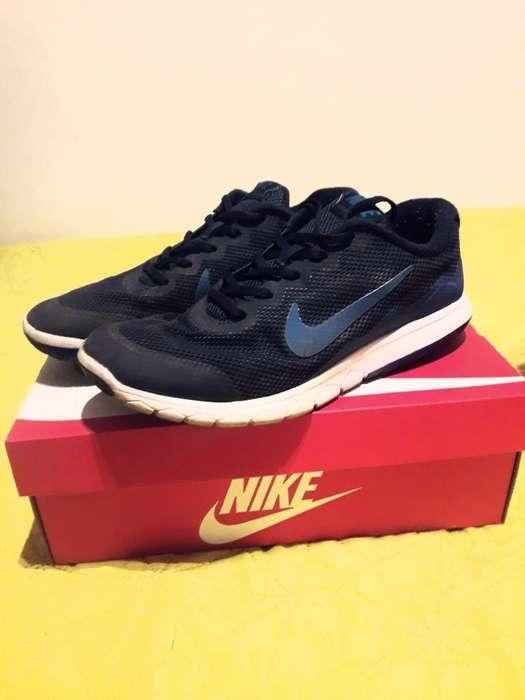 Zapatillas Nike T.41