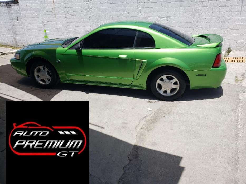 Ford Mustang 1999 - 132000 km