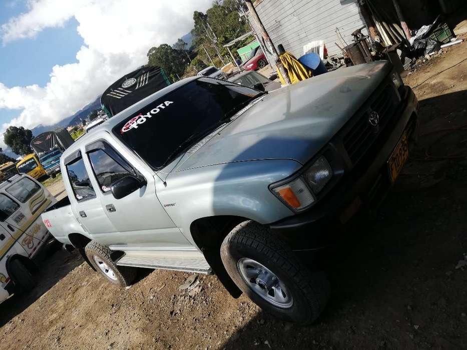 Toyota Hilux 1997 - 0 km
