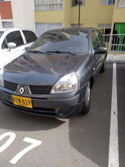 Renault Clio  2010 - 90000 km