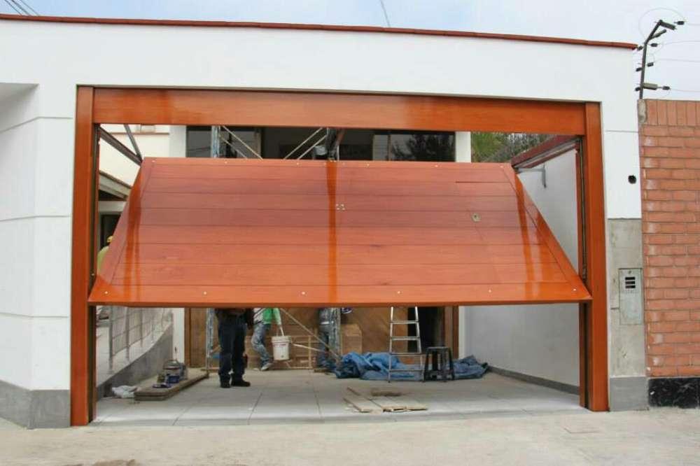 Puerta Levadiza Seccional Madera Metal L