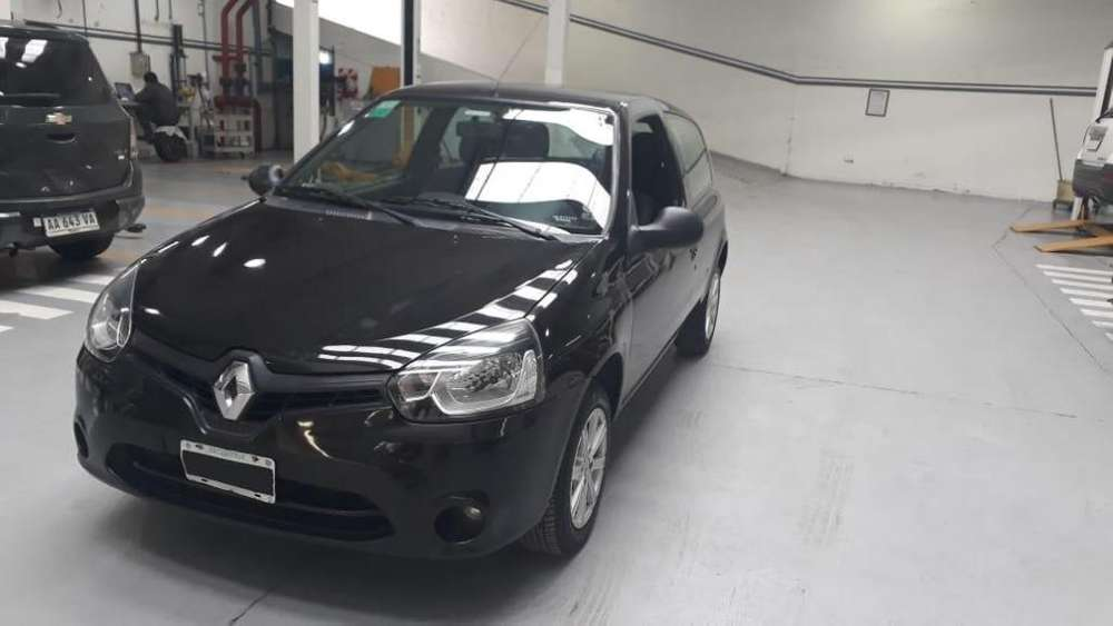 <strong>renault</strong> Clio Mío 2014 - 120000 km