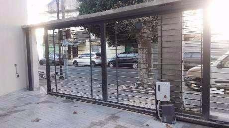 Cochera en venta en Bernal Centro