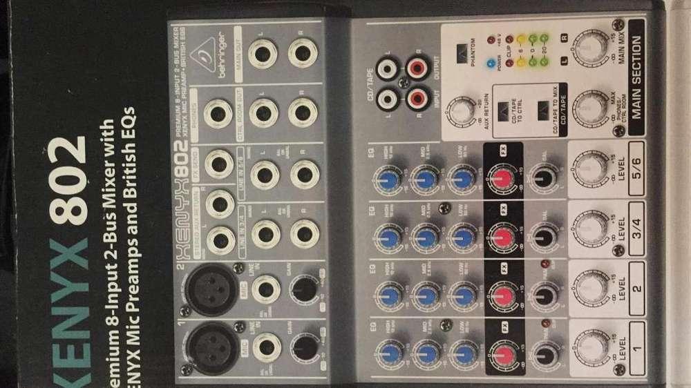 Consola mixer xenix 802