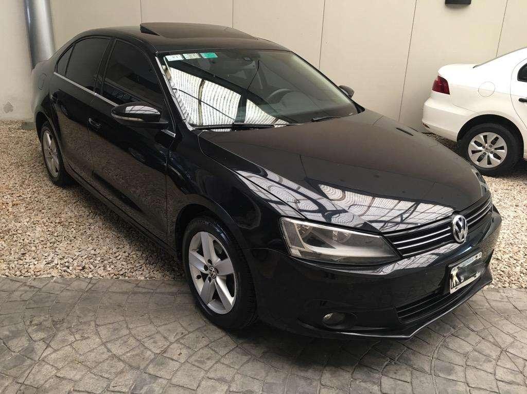 Volkswagen Vento Luxury 2.5 2014