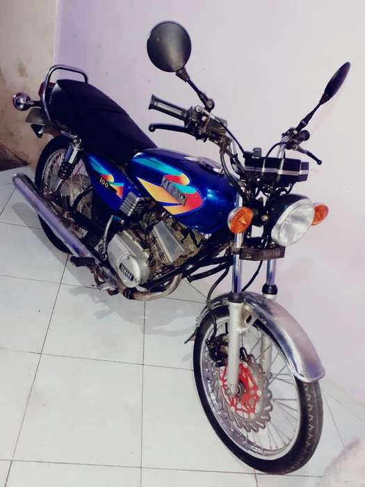 Se Vende Hermosa Moto Rx100