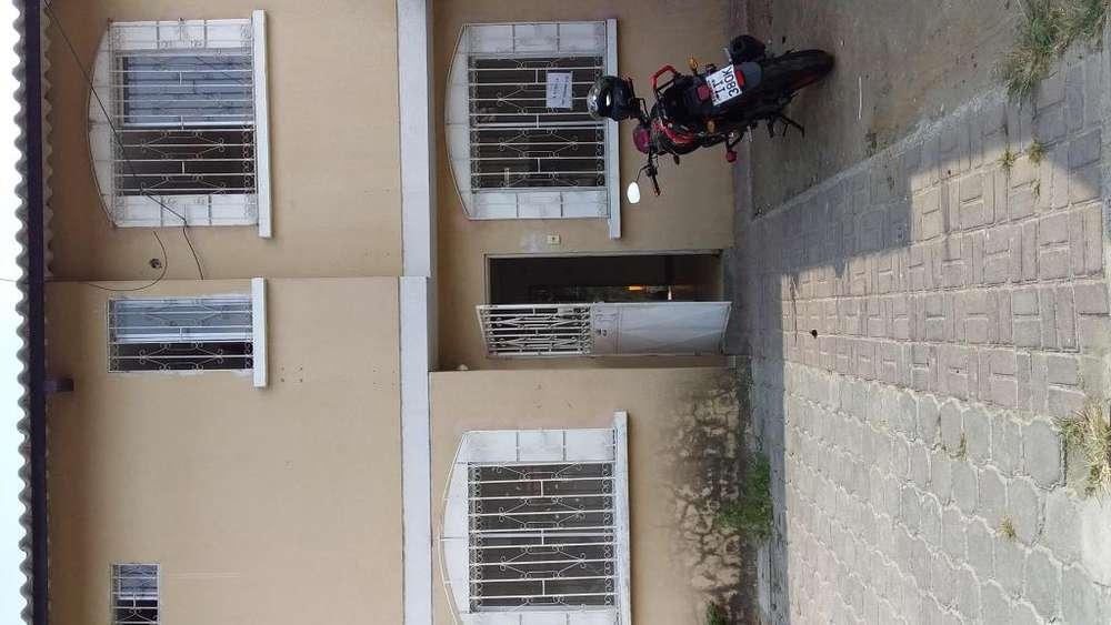 ALQUILO CASA DE DOS PLANTAS EN MUCHO LOTE 1 MZ 2652 VILLA 3