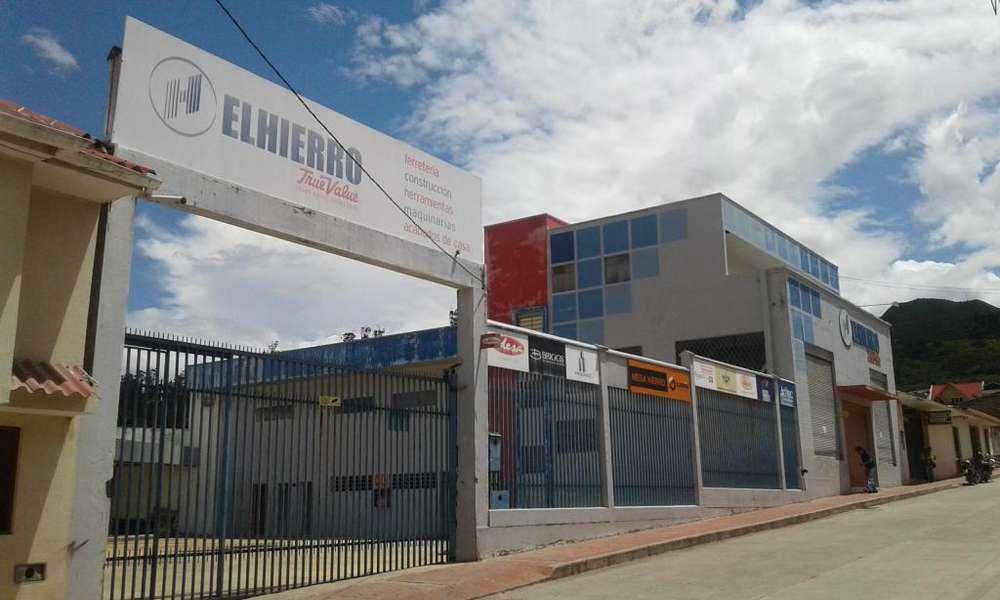GIRON EDIFICIO COMERCIAL