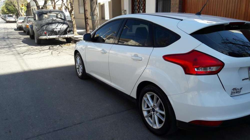 Ford Focus 2016 - 29000 km