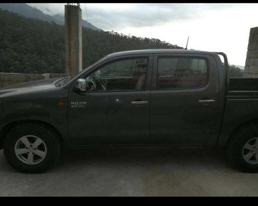 Toyota Hilux 2012 - 92000 km