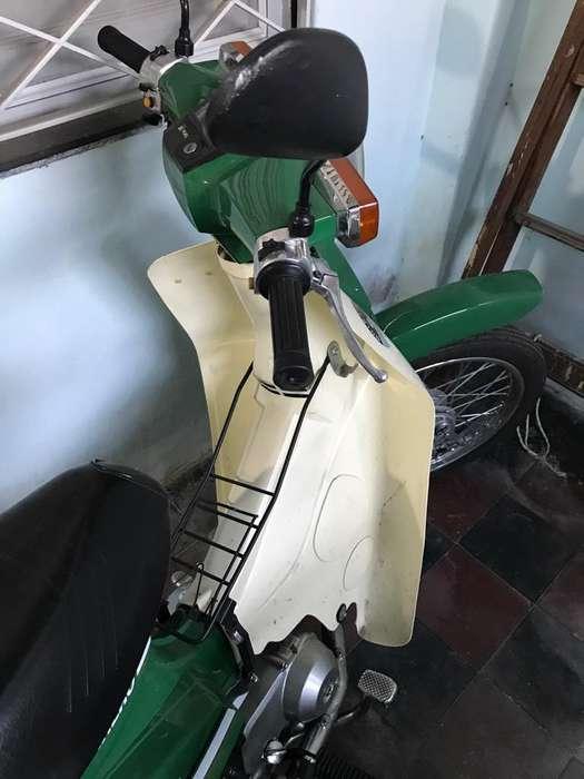Moto Econo G90