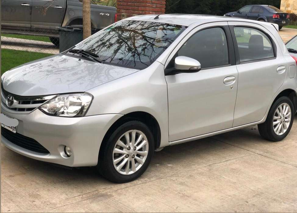 <strong>toyota</strong> Etios 2015 - 47000 km